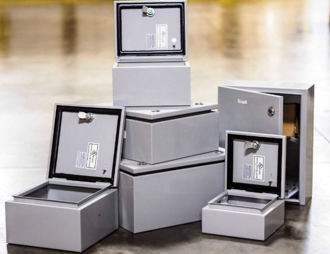 Stainless steel electrical boxes